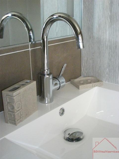 Salle de bains for Tuyauterie salle de bain